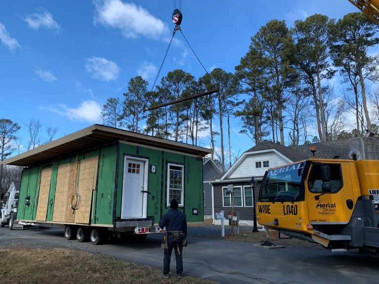 Modular-Home-Delivery-.jpg